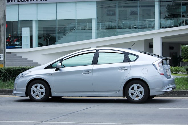 Toyota expands Prius recall